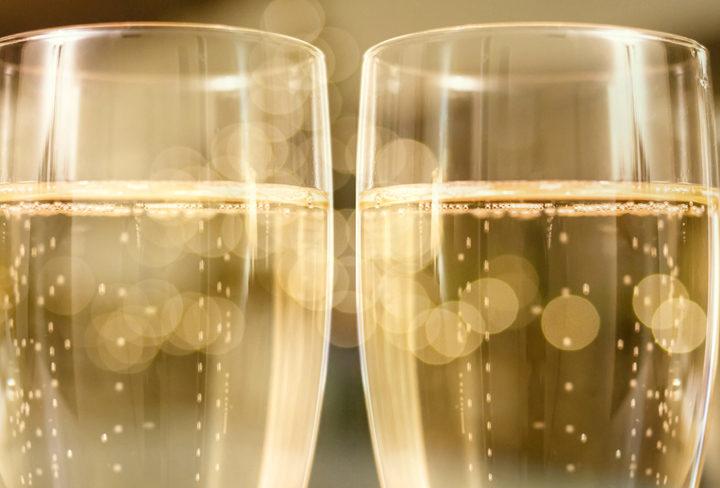 Tips på tilltugg till champagne och prosecco